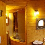 Bathroom and 2 person Jacuzzi tub in Cowboy's Cabin at Historic Reesor Ranch.