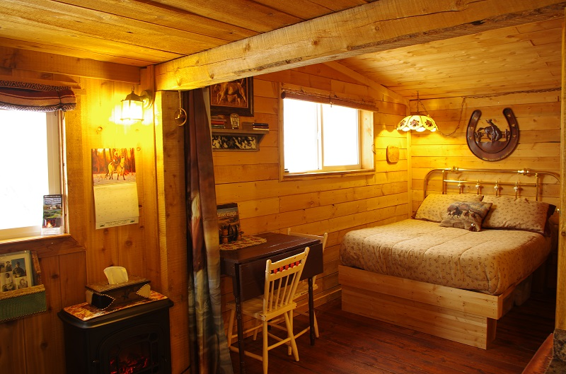 Cowboy's Cabin rental at the Historic Reesor Ranch.