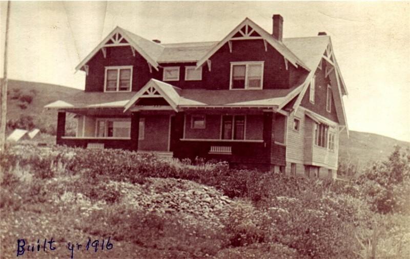 Newly built 1916 Reesor ranchhouse
