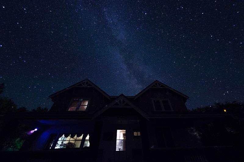 Milky Way above ranchhouse at Historic Reesor Ranch