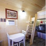 Frontier Cabin steps to double bunkbed