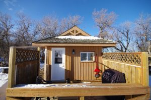 Frontier Cabin outside front deck